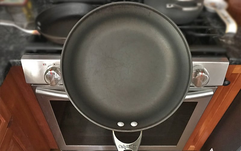 How to Clean Calphalon Pans 3