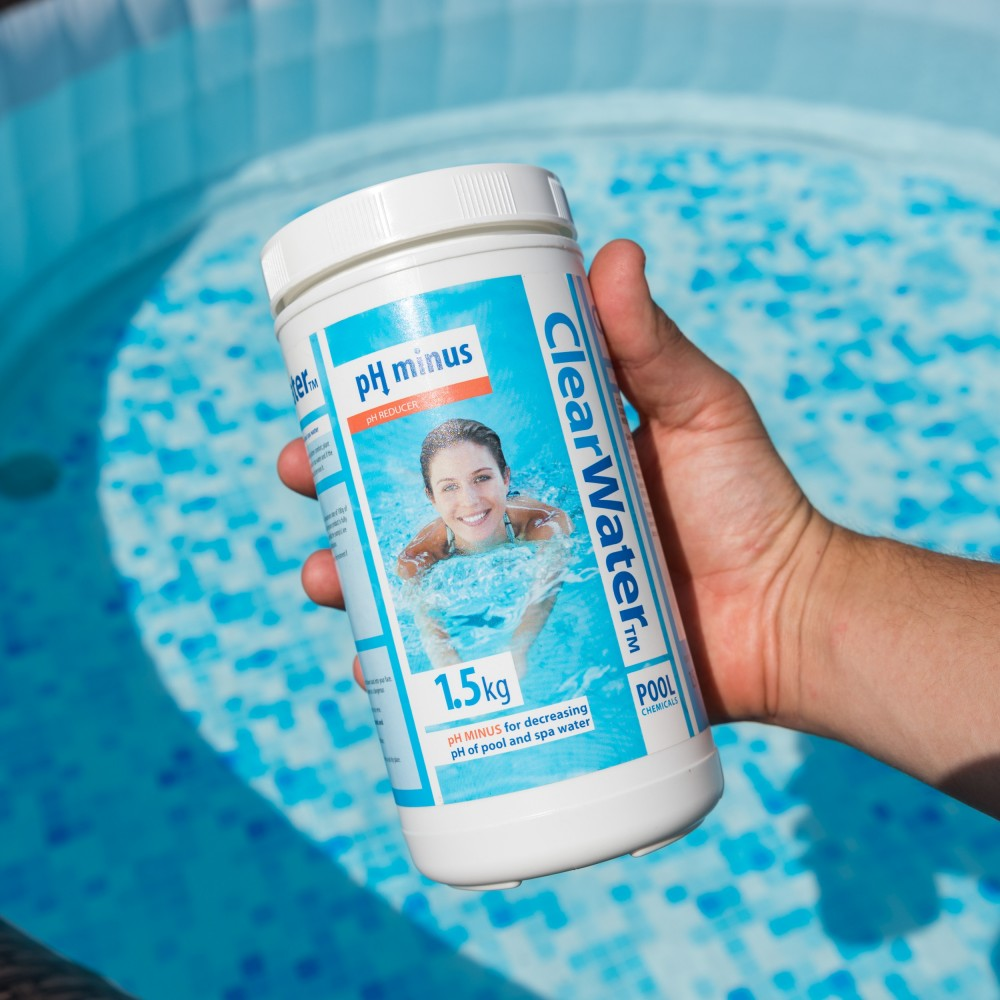 How to Lower PH in Pool Naturally 2