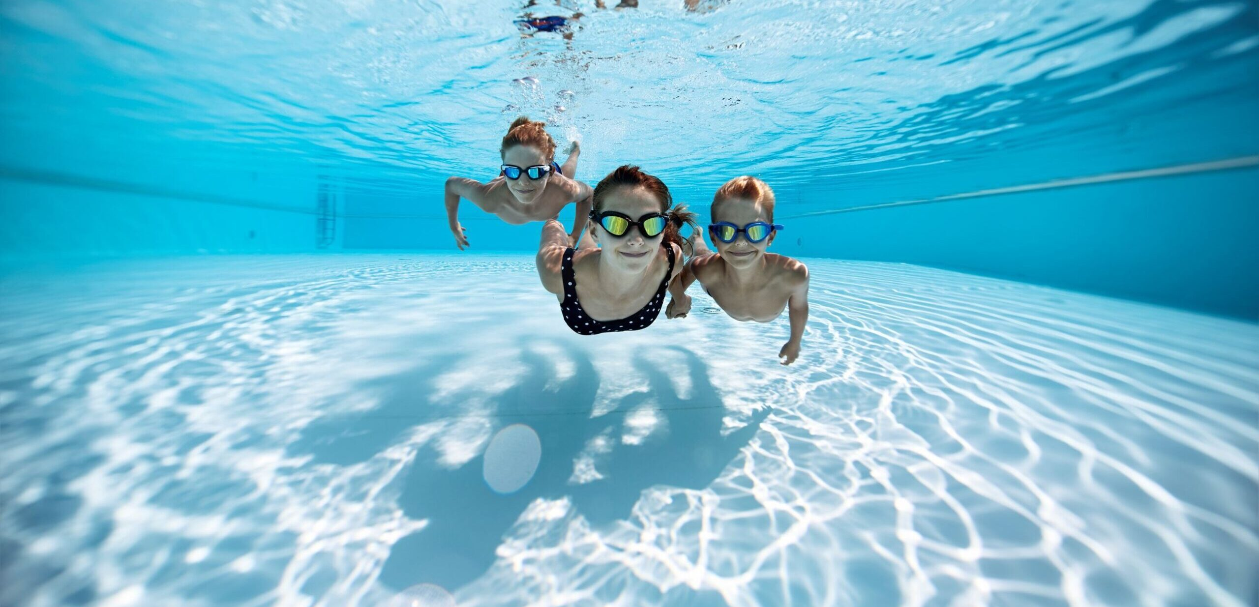 How to Maintain a Saltwater Pool 1