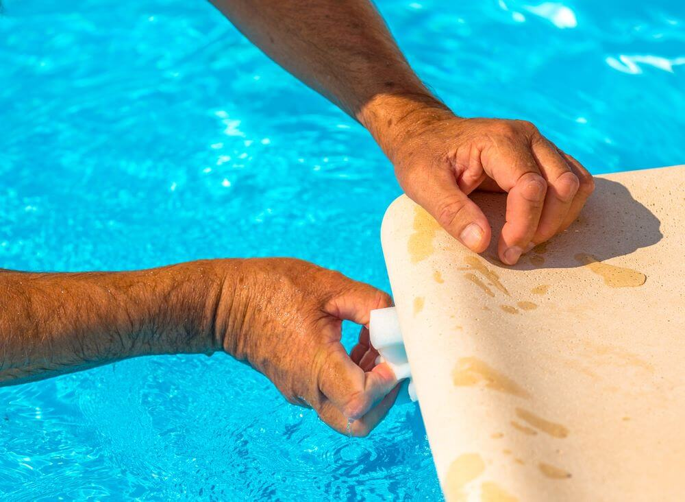 How to Patch a Pool Liner 4